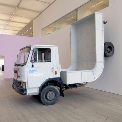 Erwin-Wurm-camion