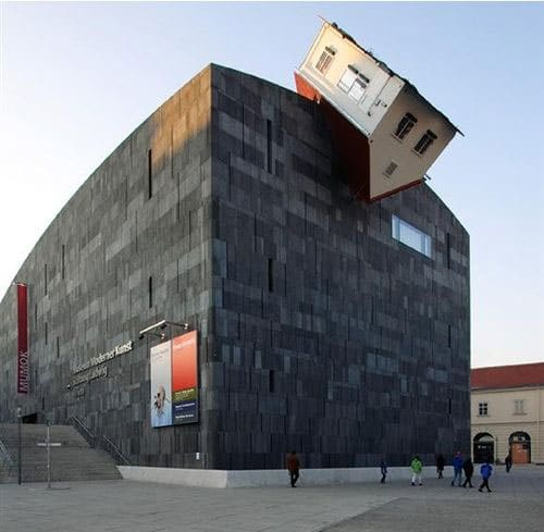 Erwin-wurm-house