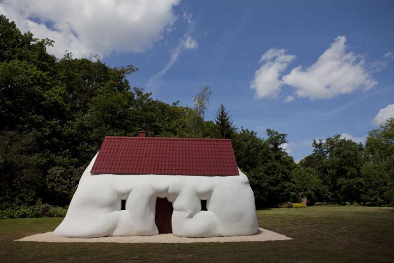 ErwinWurm-Fat-House
