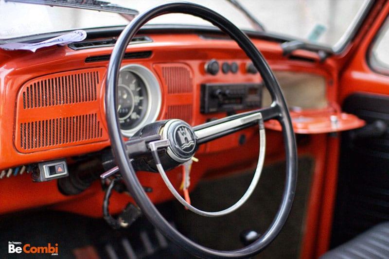 VW 1302 orange de 1971