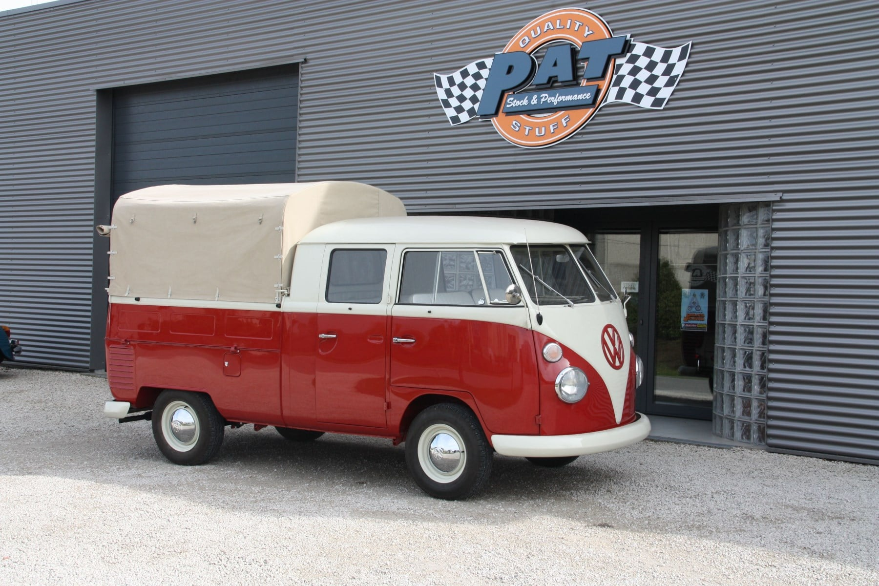PAT Restoration Bus Double Cab | Be Combi