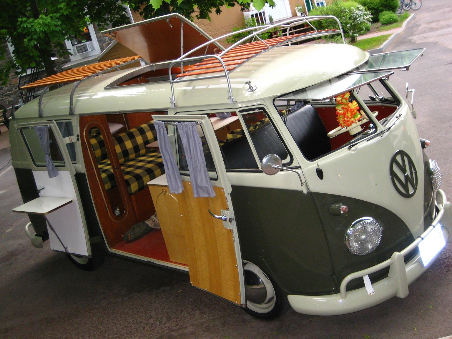 Westfalia la saga 1953 1967 les ann es split be combi for Interieur westfalia