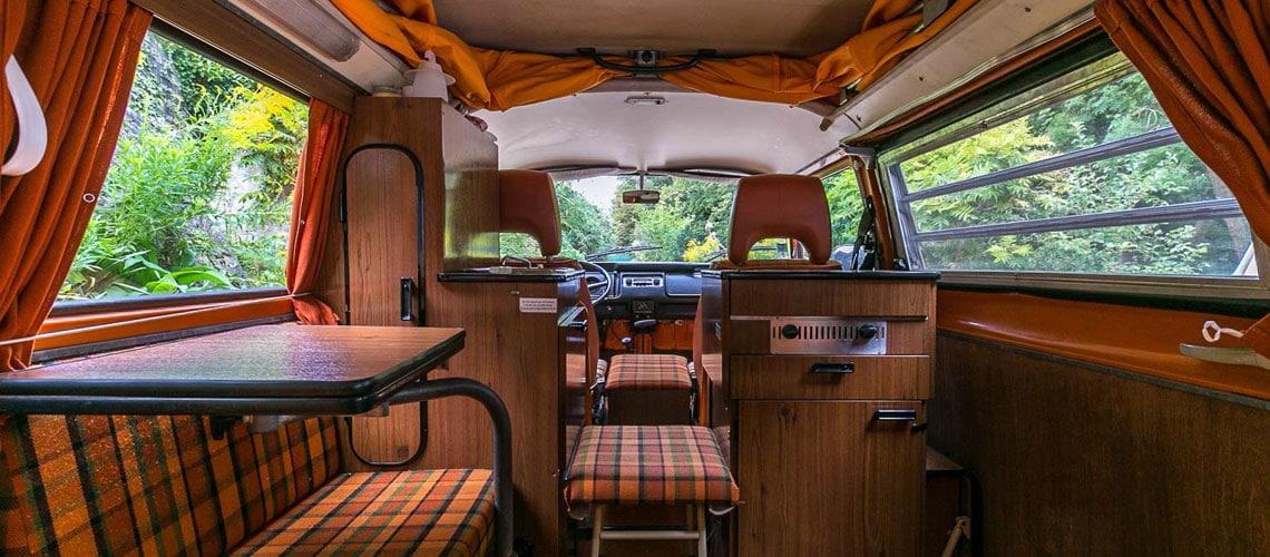 a l 39 int rieur de notre combi westfalia 1975 be combi. Black Bedroom Furniture Sets. Home Design Ideas