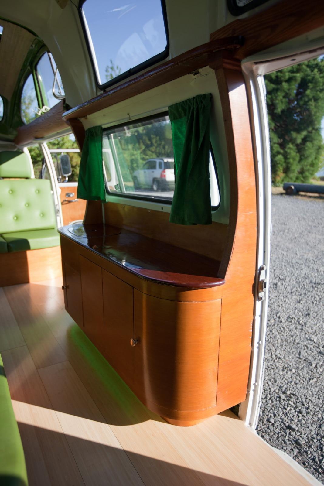 Fiona, l'incroyable Combi limousine | BeCombi