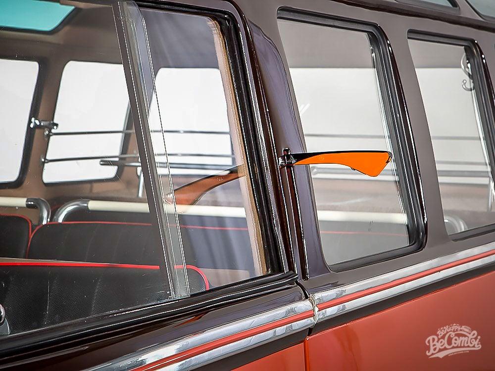 Un T1 Barndoor Samba 23 fenêtres à 240000€ | BeCombi