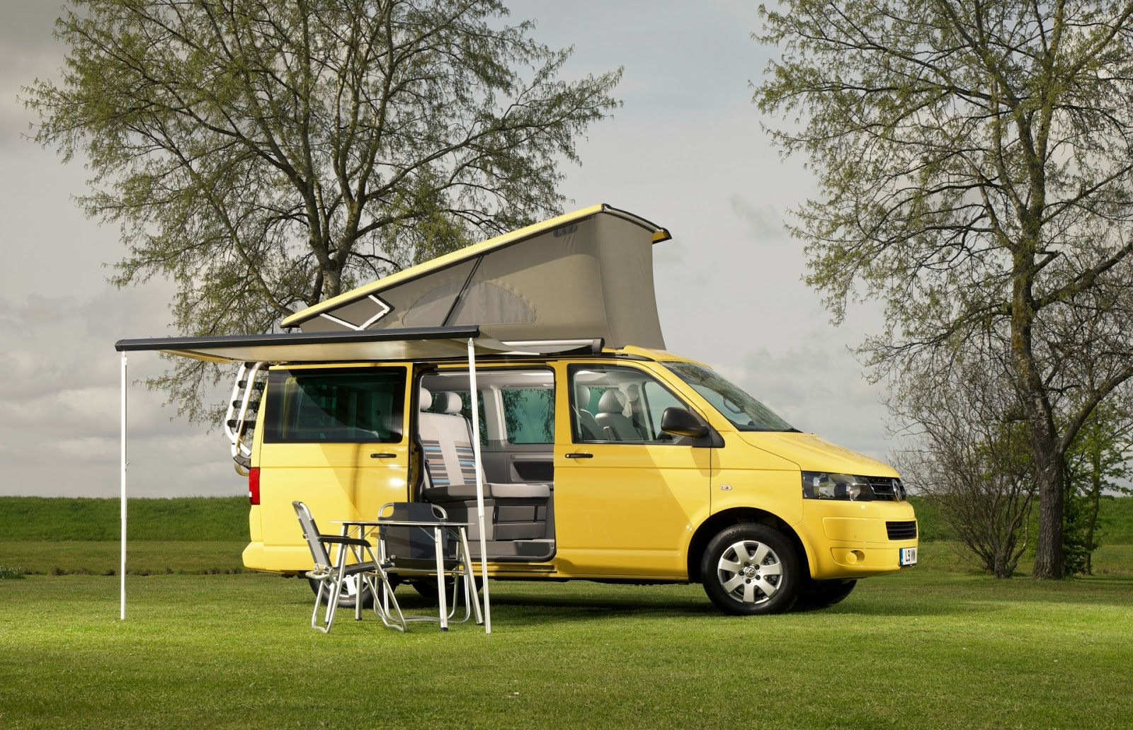 2012 VW T5 California