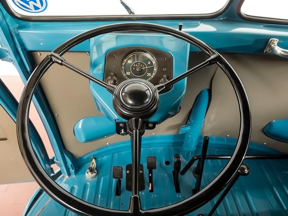 VW Split Barndoor de 1952 aux enchères | BeCombi