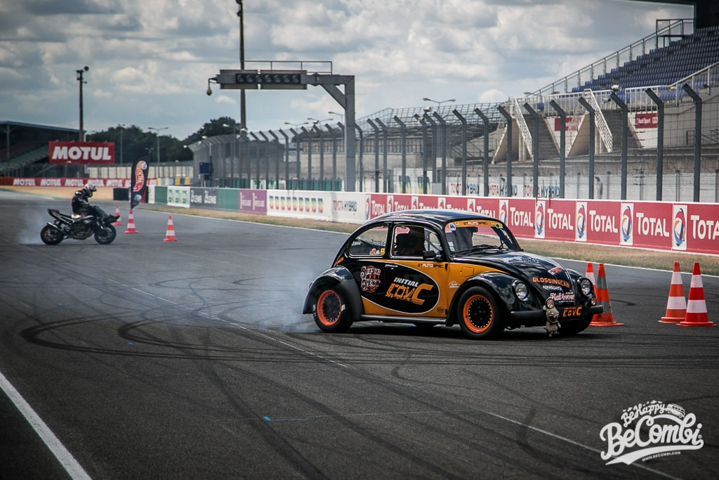 Spectacle de Drift de Bastouil au Super VW Festival 2015 | BeCombi