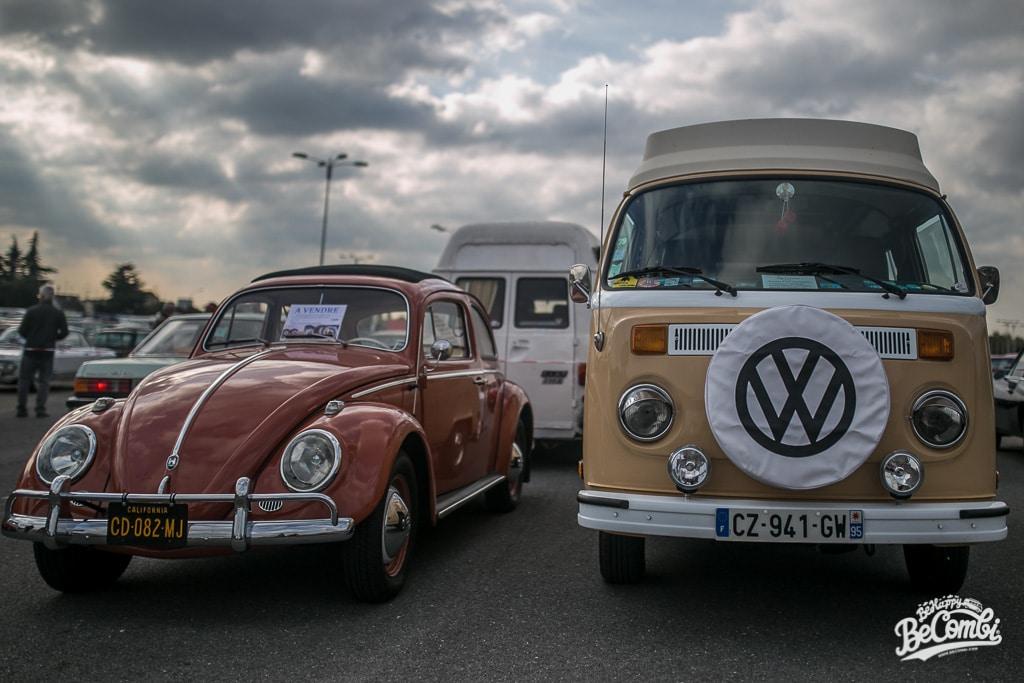Vw Combi sur le parking d'Automédon 2015 | BeCombi
