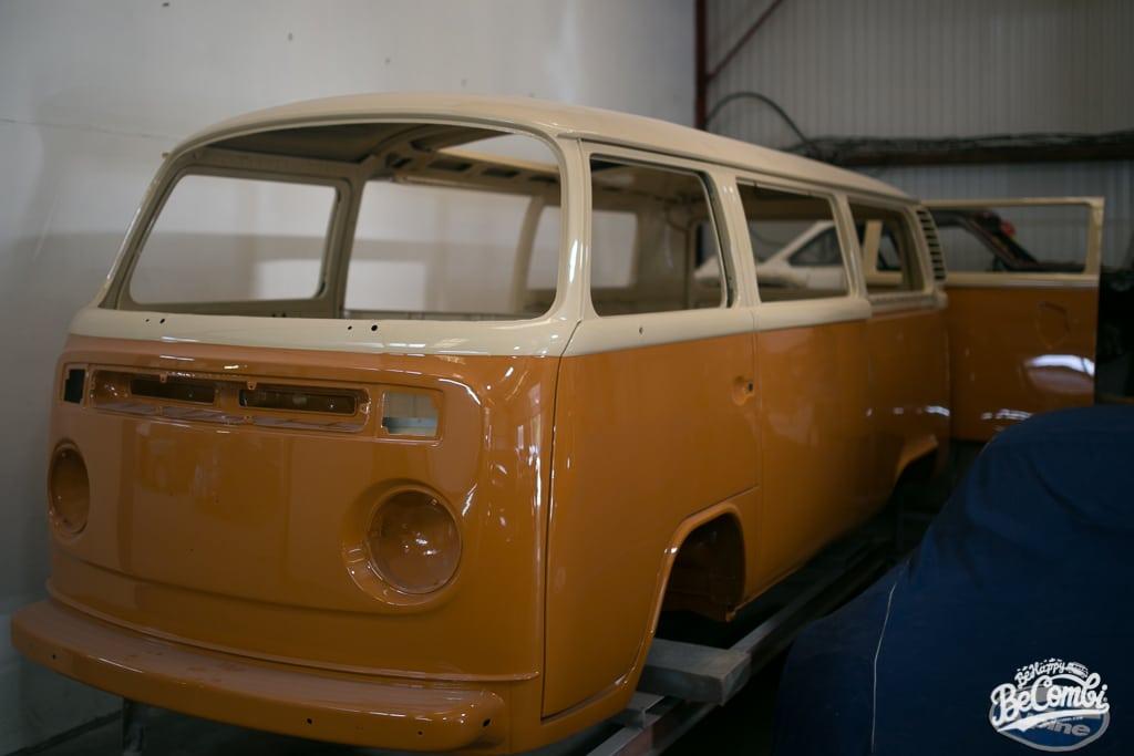 Sortie de peinture pour Baudouin le VW Combi 1978 | BeCombi