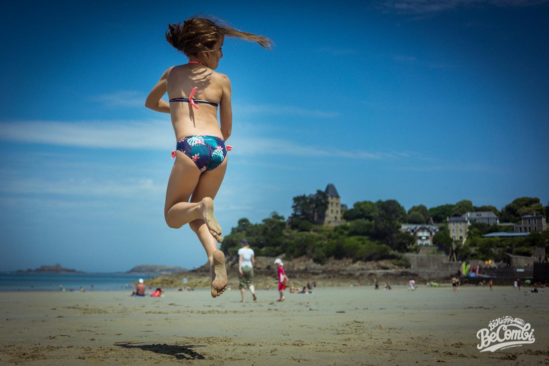 Jeanne sur la plage de l'écluse à Dinard (35) - BeCombi