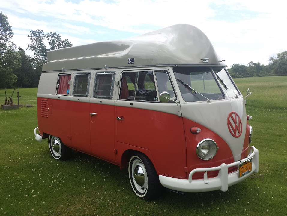 Vacation Waterfarer Boat VW Split Bus - BeCombi
