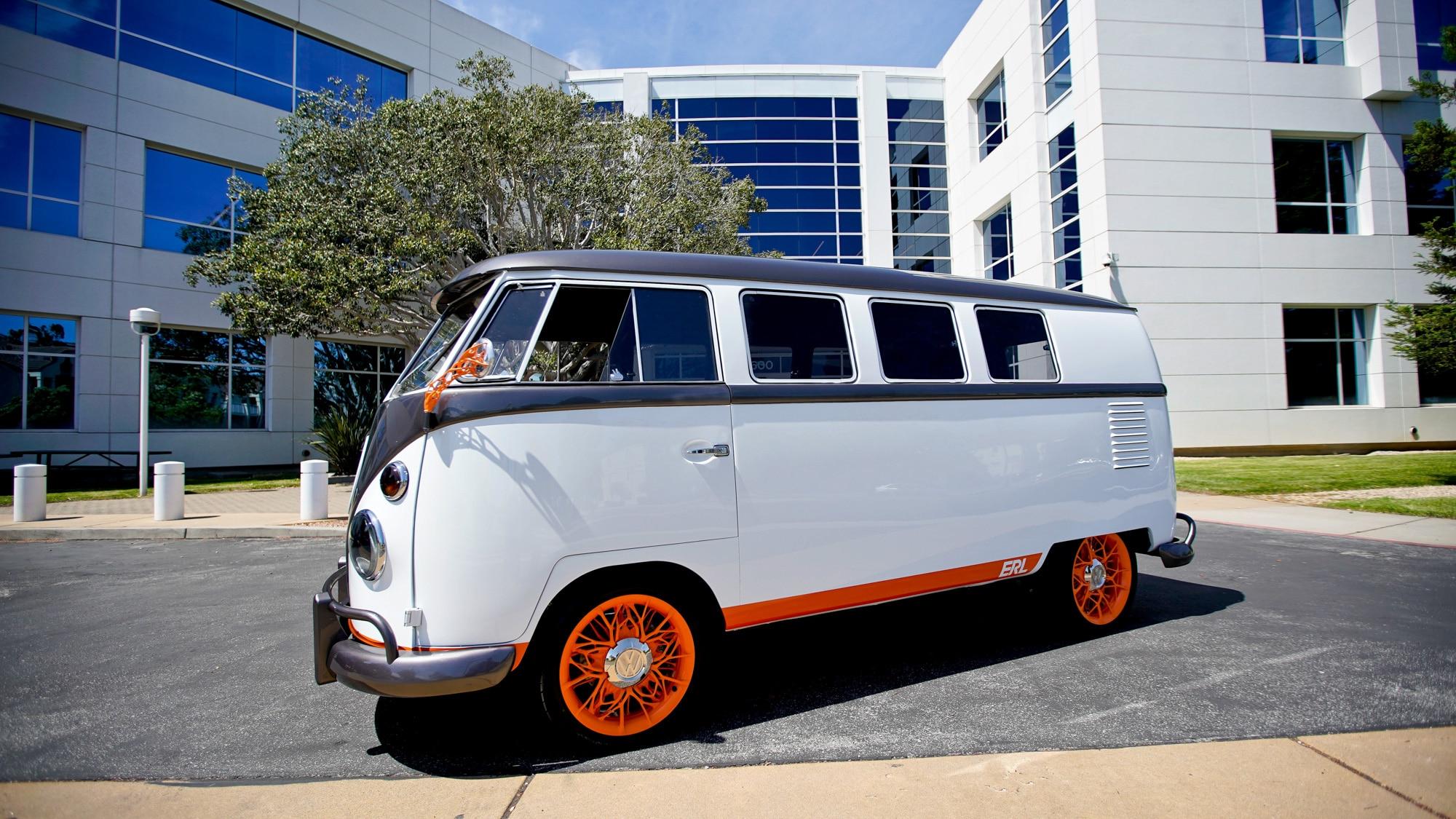 Volkswagen Type 20 - Retour vers le futur - BeCombi