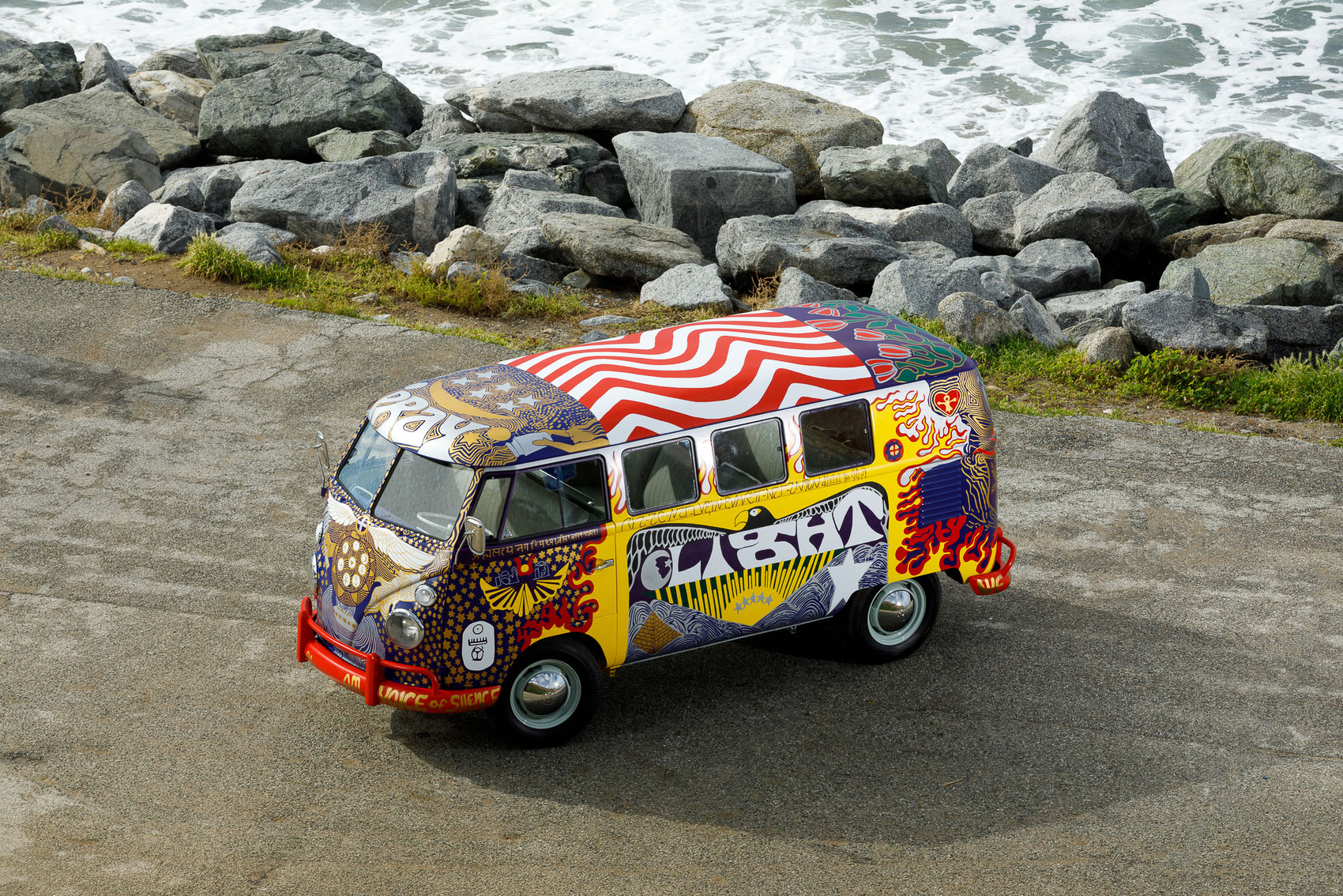 The Woodstock VW Bus 50 ans après - BeCombi-5