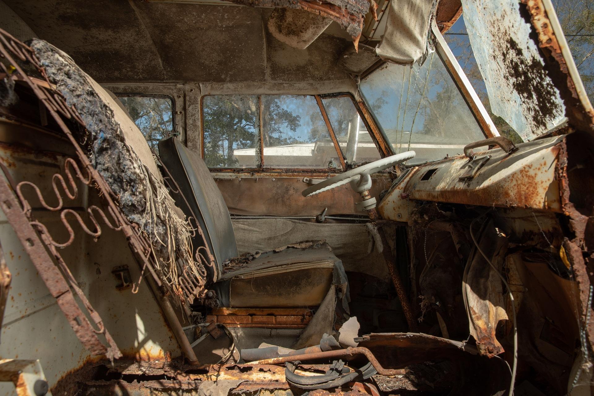 The Jenkins Bus - BeCombi-10198