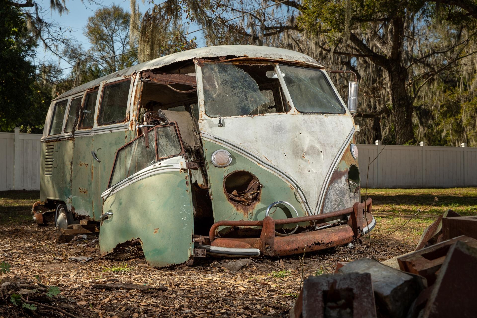 The Jenkins Bus - BeCombi-10210