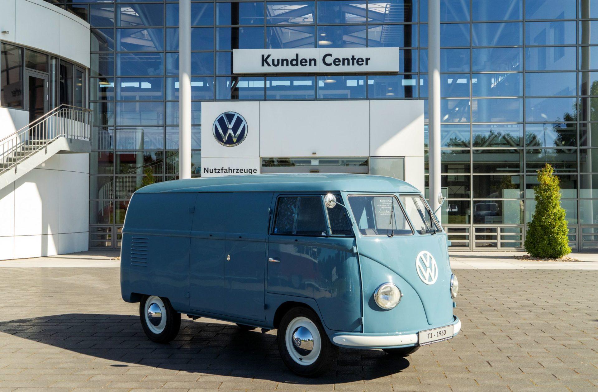 Joyeux 70e anniversaire à Sofie - Plus vieux VW Combi - BeCombi