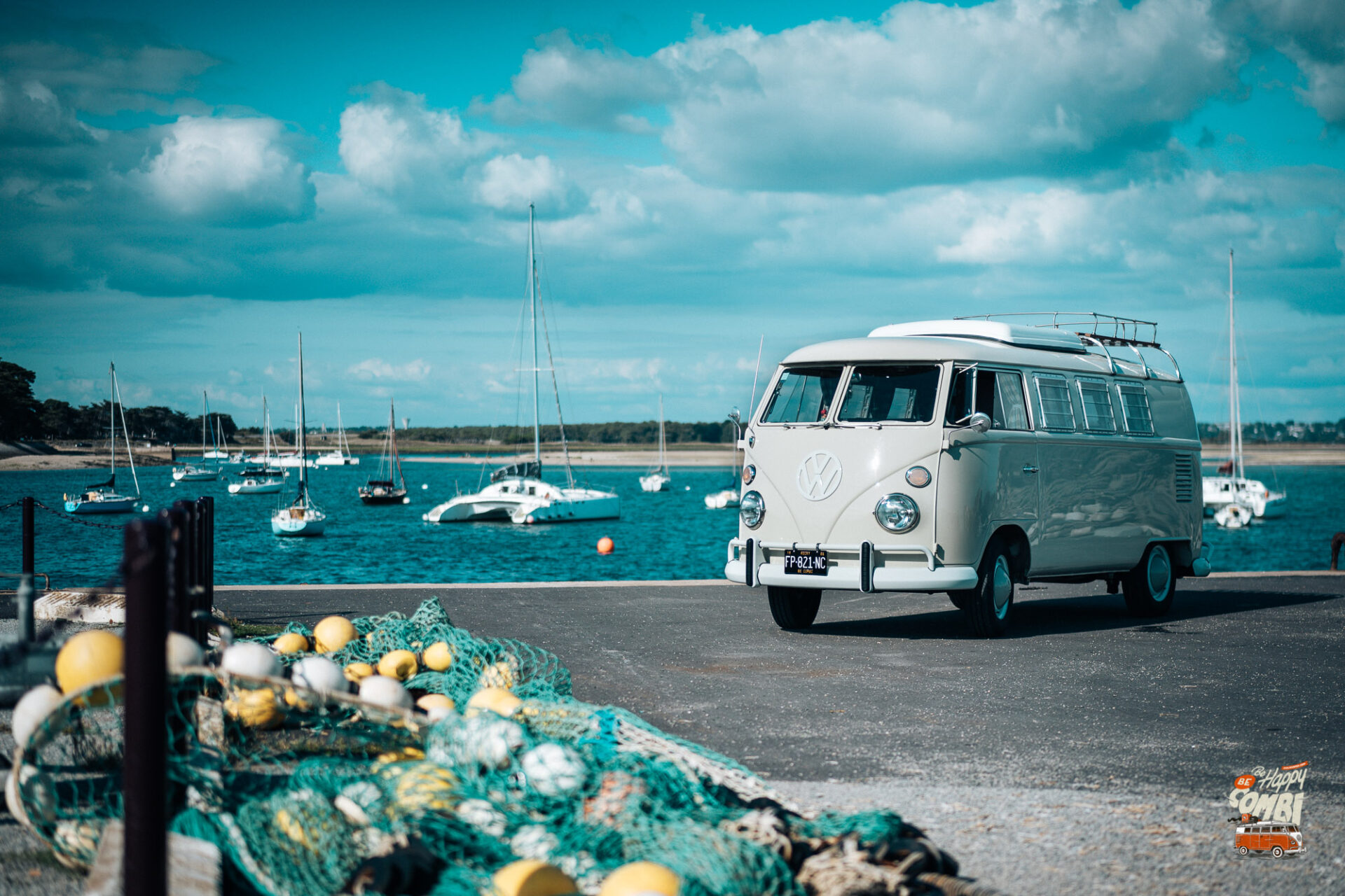 Le Golfe du Morbihan en VW Combi vintage - BeCombi